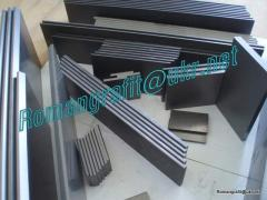 Graphite plates, vanes, blades, slats for vacuum pumps